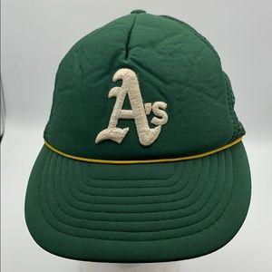 Vintage MLB Oakland A's trucker mesh hat cap